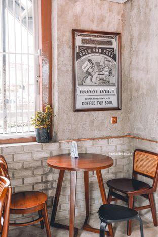 Foto 24 - Interior di Roast Coffee oleh Indra Mulia