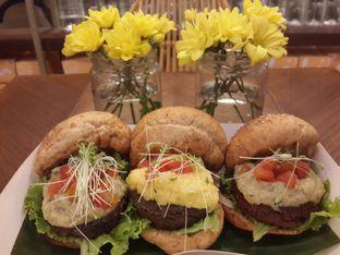 Foto 1 - Makanan di Burgreens Express oleh Stella Maris