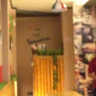 Foto 15 - Interior di Scooter Cafe oleh Almira  Fatimah