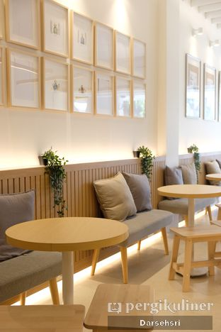 Foto 4 - Interior di Aiko Coffee oleh Darsehsri Handayani