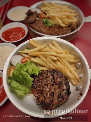 Foto 2 - Makanan di The Real Holysteak oleh Nana (IG: @foodlover_gallery)