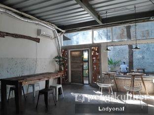 Foto 4 - Interior di Janjian Coffee oleh Ladyonaf @placetogoandeat