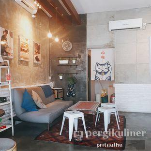 Foto 3 - Interior di Ruang Temu Coffee & Eatery oleh Prita Hayuning Dias