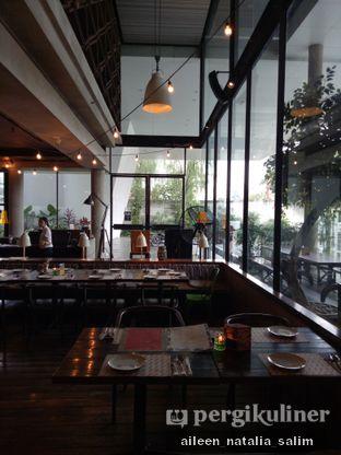 Foto 7 - Interior di Ocha & Bella - Hotel Morrissey oleh @NonikJajan