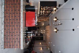 Foto 4 - Interior di Tempt Coffee Roaster oleh Della Ayu