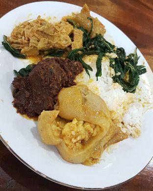 Foto 2 - Makanan di Nasi Kapau Sutan Mudo oleh Gembuli Tan