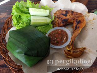 Foto review Ayam Penyet Ibu Yani oleh Debora Setopo 1
