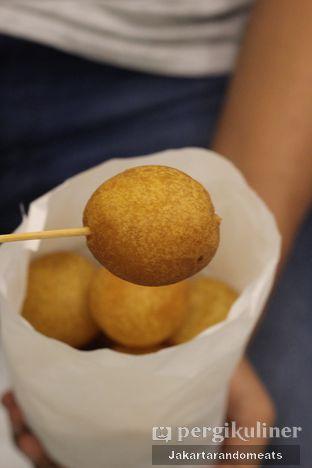 Foto 2 - Makanan di Bollo Bola Ubi Kopong oleh Jakartarandomeats