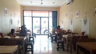 Foto 2 - Interior di Swikee Purwodadi Bu Sis oleh Perjalanan Kuliner