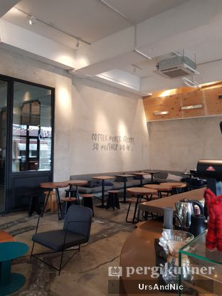 Foto 5 - Interior di Crematology Coffee Roasters oleh UrsAndNic