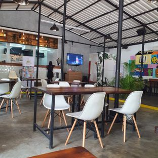 Foto review Fairway Cafe oleh Adhy Musaad 6