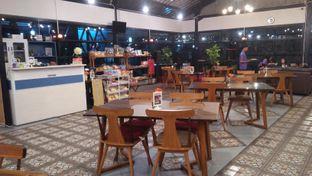 Foto 4 - Interior di Breeve Hills Resto & Cafe oleh Review Dika & Opik (@go2dika)