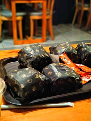 Foto 4 - Makanan di Burgushi oleh Carolin Lim
