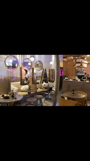 Foto 6 - Interior di Beau oleh Nanakoot