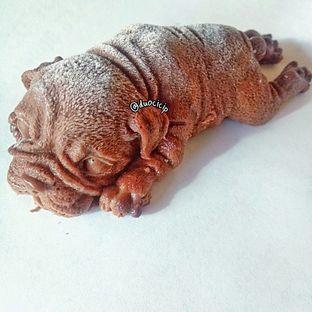 Foto 1 - Makanan(Dog Mousse) di Look Tea oleh felita [@duocicip]