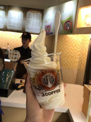 Foto 2 - Makanan di J.CO Donuts & Coffee oleh Kami  Suka Makan