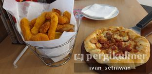 Foto 1 - Makanan di Pizza Hut oleh Ivan Setiawan