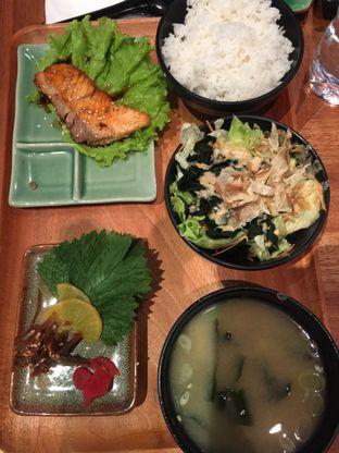 Foto 3 - Makanan di Sushi Groove oleh stphntiya
