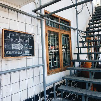 Foto Eksterior di Northwood Coffee & Eatery