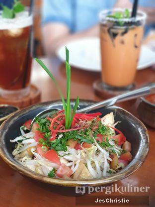 Foto 1 - Makanan(Tahu Kecap) di Kila Kila by Akasya oleh JC Wen