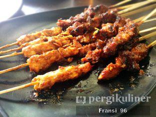 Foto 8 - Makanan di Sate Palmerah / Kim Tek oleh Fransiscus