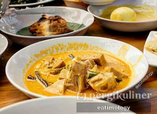 Foto 1 - Makanan di Padang Merdeka oleh EATIMOLOGY Rafika & Alfin