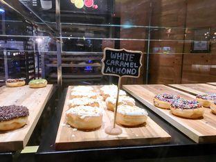 Foto 8 - Makanan di Krispy Kreme Cafe oleh Prido ZH