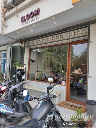 Foto 6 - Eksterior di Bloom Coffee & Eatery oleh Nana (IG: @foodlover_gallery)