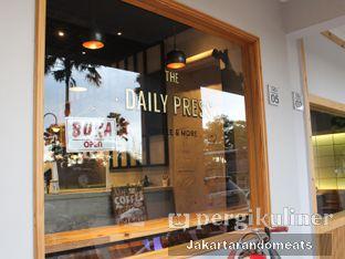 Foto 11 - Eksterior di Daily Press Coffee oleh Jakartarandomeats