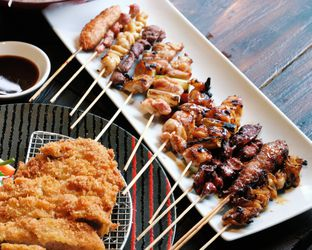 Foto 6 - Makanan(Kushi mori 12 pcs) di Sakana Resto oleh Claudia @claudisfoodjournal