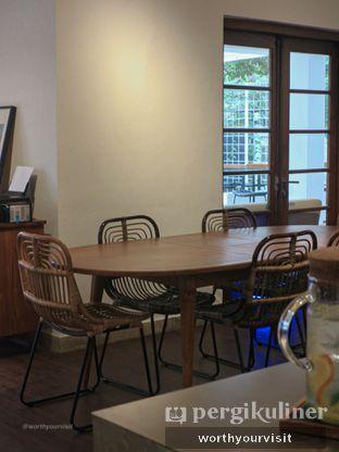 Foto 2 - Interior di Simetri Coffee Roasters oleh Kintan & Revy @worthyourvisit