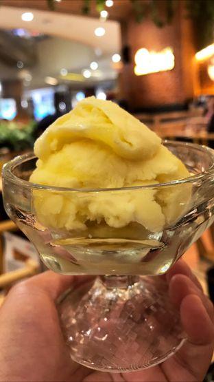 Foto 8 - Makanan(Yuzu Ice Cream) di Kimukatsu oleh Riris Hilda