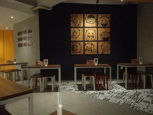 Foto 3 - Interior di Mie Monster oleh Clangelita