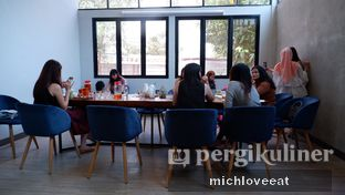 Foto 4 - Interior di Chroma Coffee and Eatery oleh Mich Love Eat