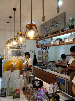 Foto review Pigeon Hole Coffee oleh Eunice   5