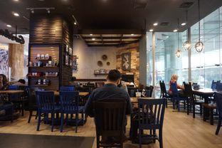 Foto 2 - Interior di Caribou Coffee oleh yudistira ishak abrar