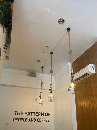 Foto 16 - Interior di Bruins Coffee oleh Levina JV (IG : @levina_eat & @levinajv)