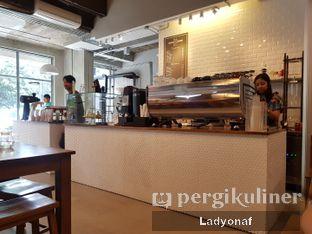 Foto 4 - Interior di Kapyc Coffee & Roastery oleh Ladyonaf @placetogoandeat