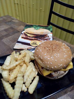 Foto 5 - Makanan di FIX Burger oleh Prido ZH