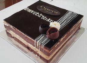 7 Kue Cokelat Enak yang Populer di Dunia
