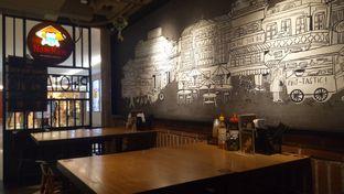 Foto 6 - Interior di NamNam Noodle Bar oleh Jocelin Muliawan
