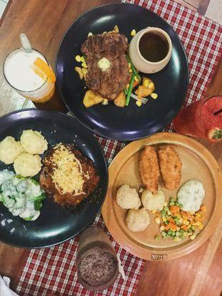 Foto 1 - Makanan di Suis Butcher oleh @qluvfood