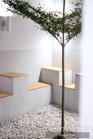 Foto 10 - Interior di Those Between Tea & Coffee oleh Irene Stefannie @_irenefanderland