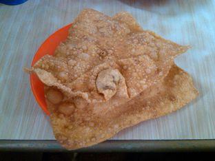 Foto 2 - Makanan(Pangsit Goreng (IDR 10K) ) di Bakmie BBT oleh Renodaneswara @caesarinodswr