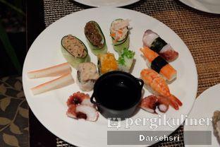 Foto 3 - Makanan di The Cafe - Hotel Mulia oleh Darsehsri Handayani
