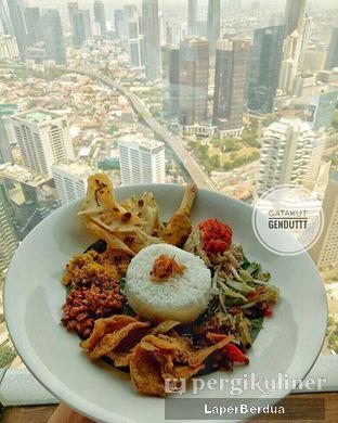 Foto 2 - Makanan di Scenic 180° (Restaurant, Bar & Lounge) oleh Julio & Sabrina