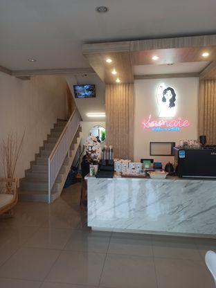 Foto 3 - Interior di Kamaie Coffee & Eatery oleh Rachmat Kartono