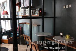 Foto 2 - Interior di Escalator Coffeehouse oleh Kintan & Revy @worthyourvisit