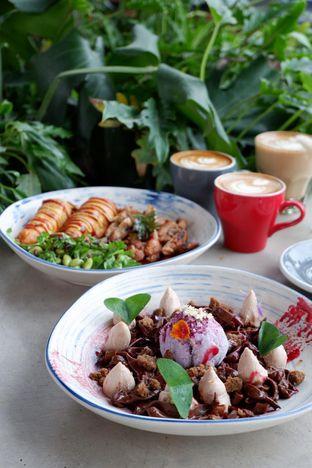 Foto 24 - Makanan di Egg Hotel oleh yudistira ishak abrar