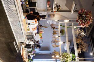 Foto 12 - Interior di Sukha Koffie oleh yudistira ishak abrar